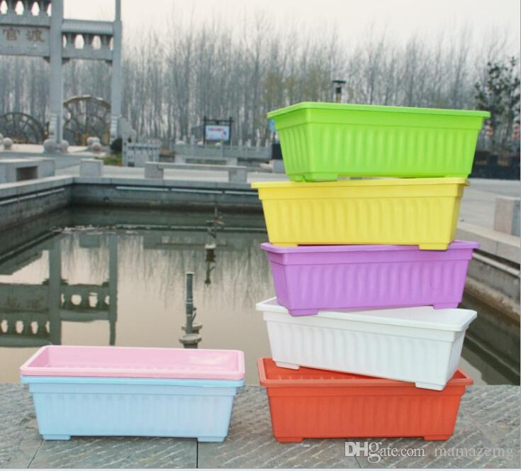 Wholesale resin balcony planting pots Rectangular pots Garden green planting pots can be equipped with trays