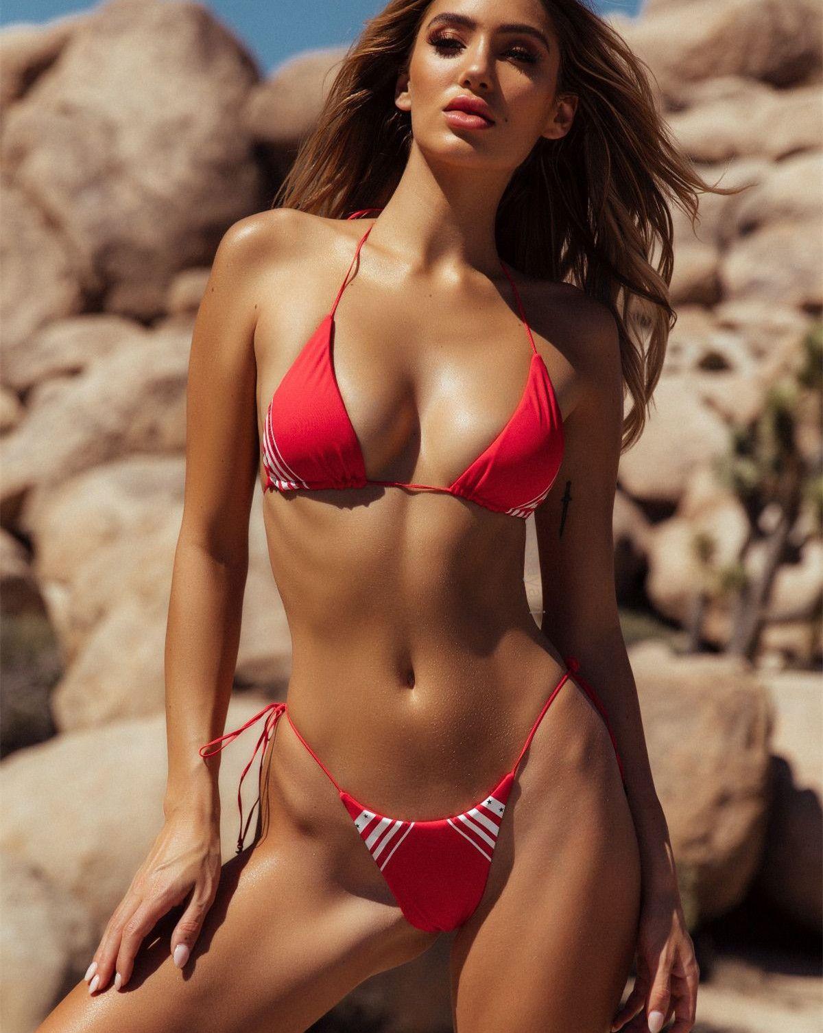 screensavers Bikini models