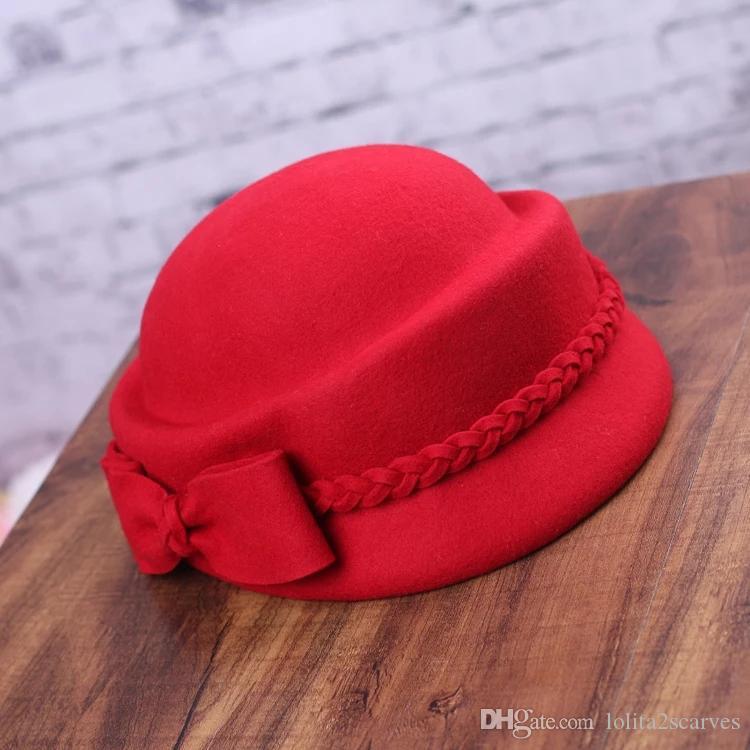 Acquista Cappello Donna Autunno E Inverno Versione Coreana Di Pura Lana  Feltro Berretto Moda Elegante Britannico A Forma Casuale Cappello Di  Corrispondenza ... d3ecba68e8e0