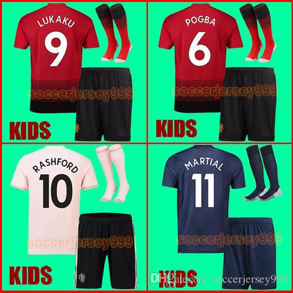 Compre 18 19 FC Manchester United Camisa De Futebol 2018 2019 Camisas MAN  UTD POGBA LUKAKU RASHFORD ALEXIS MARTIAL Camisa De Futebol Crianças Kit  Meninos ... f6adbe8c9a8f3