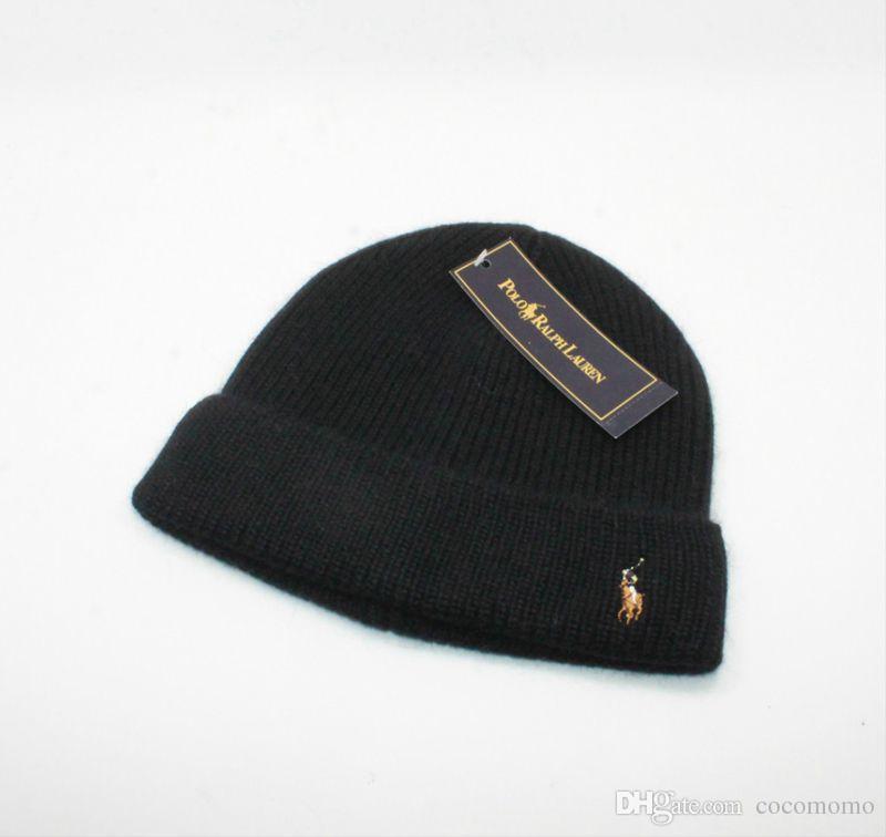 newest fb6dc f7f0d Berretti invernali a maglia da uomo in maglia di lana nera invernale a  maniche corte per uomo