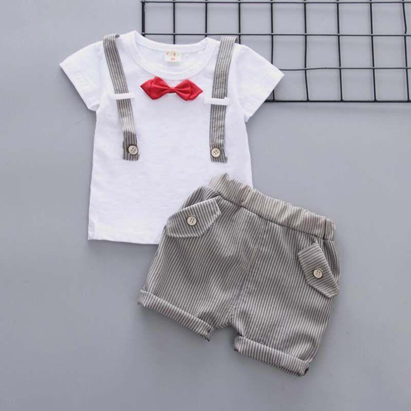 655564aec Compre Ropa De Bebé Niños Verano 2019 Ropa De Niños Recién Nacidos Conjuntos  Camiseta + Pantalones Cortos Pajarita Niños Formales Conjuntos De Ropa Niños  ...