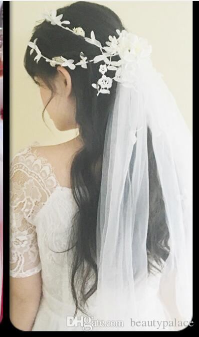 2019 Hot Sale One Layer Short Tulle Wedding Bridal Veils With Flowers Crystal Head Wedding Accessories For Bridal