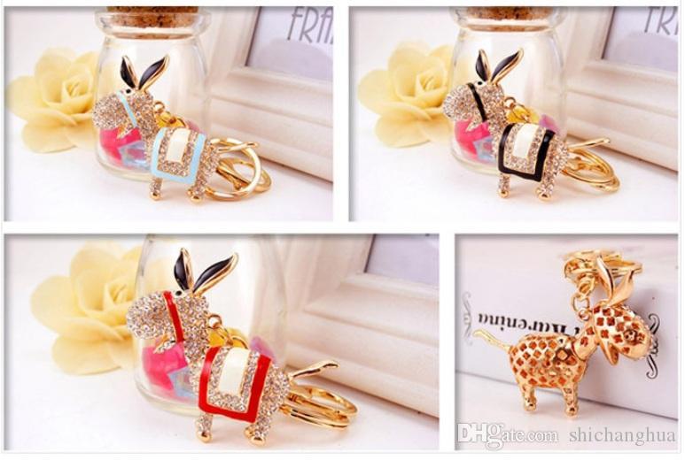 Bling bling strass cristal petit âne âne porte-clés en métal Porte-clés de voiture sac à main Pendentif animal pendentif porte-cadeau