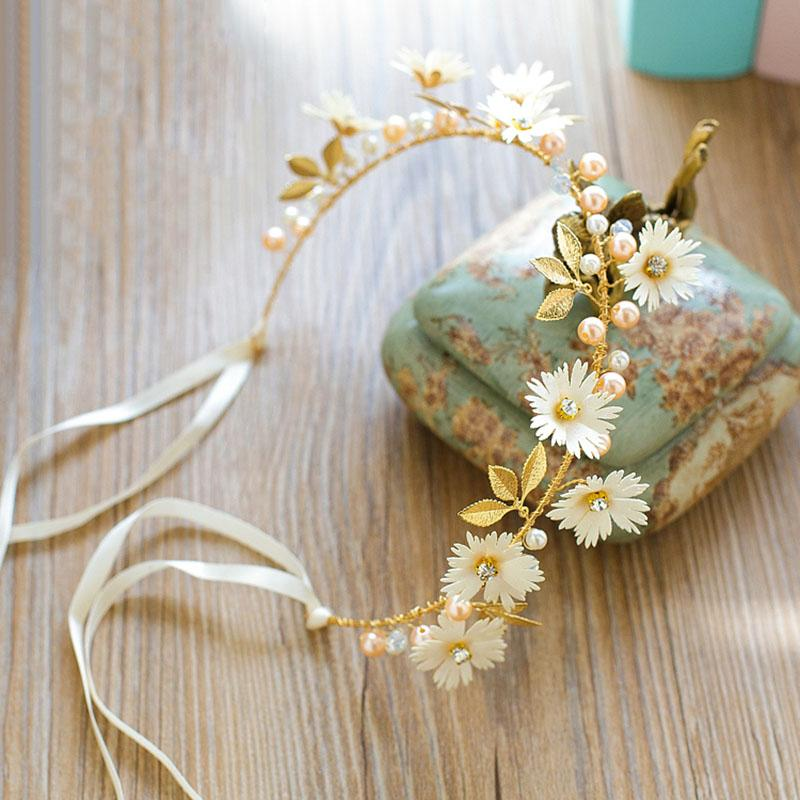 White/Red Daisy Flower Ribbon Headband Pearl Gold Leaf Hairbands Tiaras Hair Jewelry Women Wedding Bridal Hair Accessories