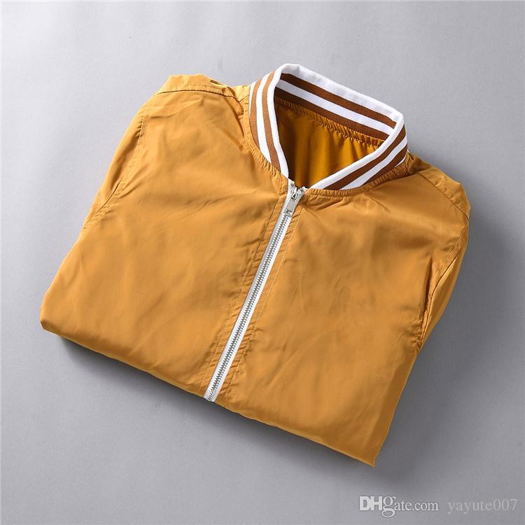 e29c2bc524da New Italy Luxury Brand 3D Floral Print Long Sleeve Hooded Jacket Men S  Casual Windbreaker Jackets Tiger Printing Men Silk Jacket Shop Coats  Outerwear ...
