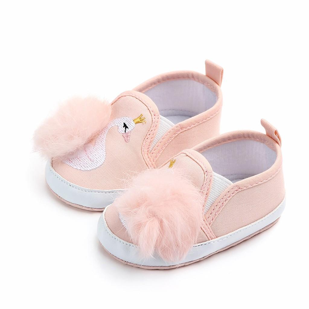 cbd0425334f ... Zapatos De Niña Pequeña Bebé Recién Nacido Zapatos De Niña Pequeña  Pelota De Cisne Antideslizante Primeros Andadores Suela Blanda Para Calzado  Infantil ...