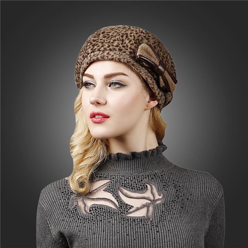 2019 New Fashion Korean Women's Hats Bowknot Female Beret Leopard Print Berets Hat For Girls Winter Warm Caps Boinas