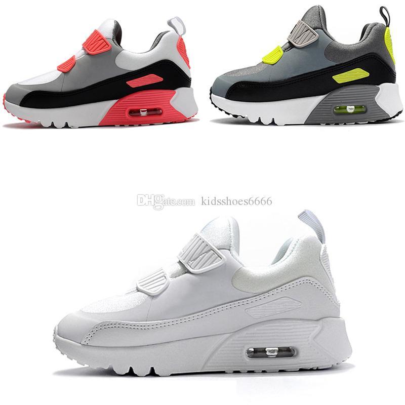 various colors 54f05 cb18e Acheter 2018 Nike Air Max 90 Infantile Bébé Garçon Fille Enfants Jeunes Enfants  Enfants Années 90 Running Chaussures De Sport Pirate Black Classic 90 ...