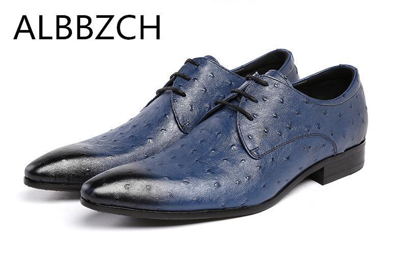 77108288 Compre Nuevo Vestido De Hombre Zapatos De Avestruz Patrón De Cuero Genuino  Zapatos De Boda De Los Hombres Derby Negro Azul Tendencia De Moda De  Negocios ...