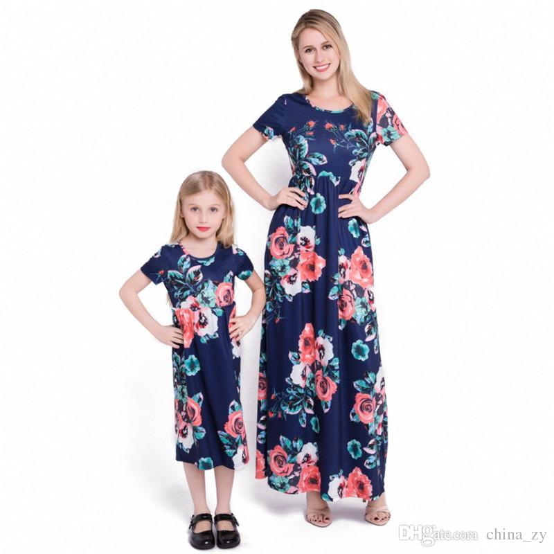 19b8dad5b03eb Summer Mommy And Me Clothes Matching Outfits Pajamas Family Look Mother  Daughter Dresses Maxi Vestidos Mom Girls Dresses Long
