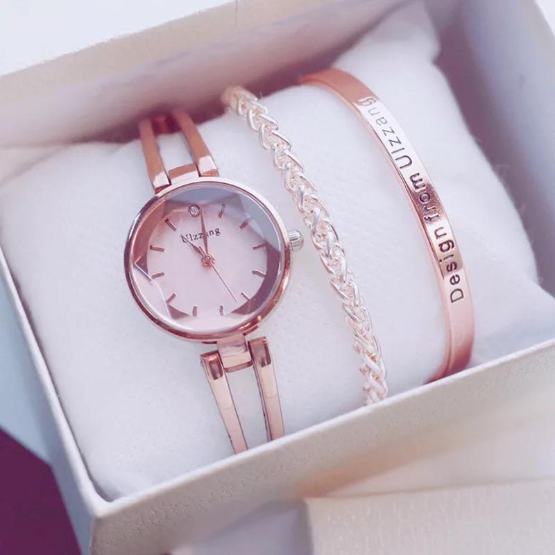 9b309317afcc2 Satın Al 2019 Lüks Basit Kadınlar Bilezik Saatler Moda Altın Bayan Kol  Saati Rahat Şık Kadın Hediye Saat 3 Adettakım Ulzzang Tarzı, $23.37 |  DHgate.Com'da