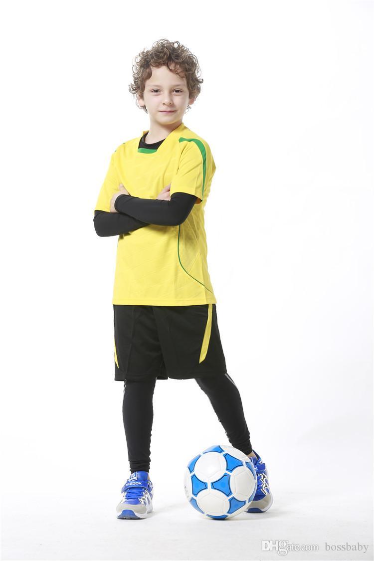 fcabd2f316243 Compre Medias De Ropa Deportiva Para Niños