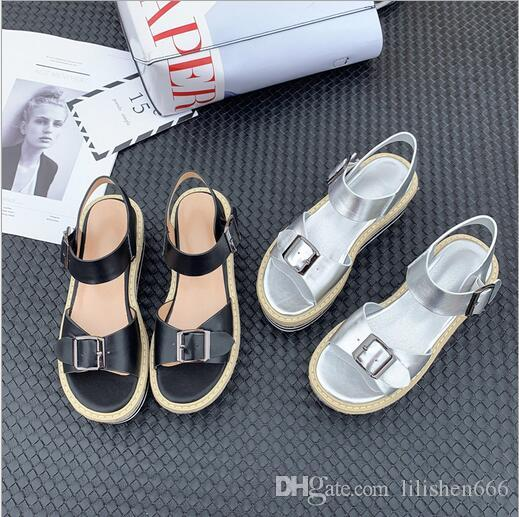 New type of lady sandals with round leather strap, buckle ankle and buckle, leisure and thick sole