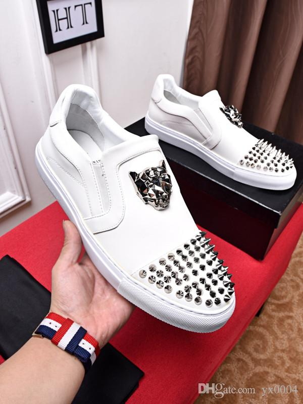 ACE Designer fashion Red Bottom Studded Spikes Flats shoes For Men Women glitter Party Lovers Genuine Leather casual Sneakers ht19012804