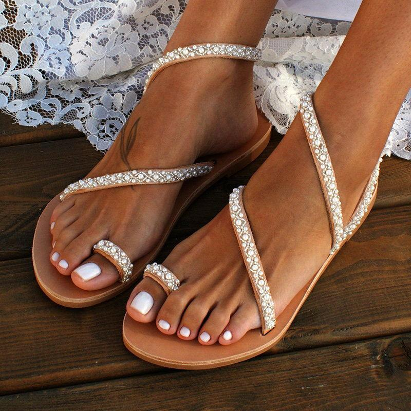 wholesale Summer Flat Sandals Sweet Boho Pearl Decoration Sandals Women Beach Sand Holiday Shoes Leather Flats Plus Size