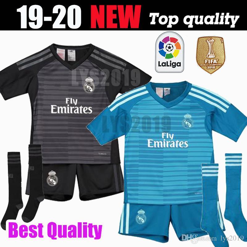 98d6b44ae4a 2018 2019 Real Madrid Goalkeeper Balck Kids Kit+Socks Soccer Jersey 18 19 Real  Madrid  1 NAVAS Blue Soccer Shirt COURTOIS Football Uniforms NZ 2019 From  ...