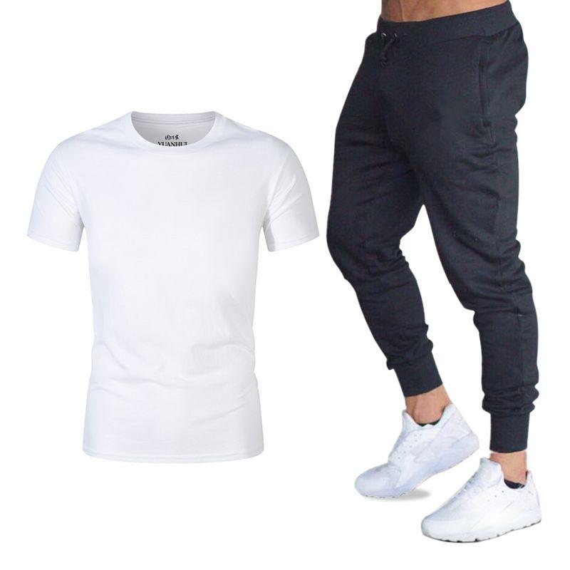 939aaf612ece56 Compre Conjuntos De Homens De Verão T Shirt + Calças Treino Homens Jogger  Two Piece Suit Moda Roupas De Marca Crossfit T Shirt Homme Conjuntos De  Fitness De ...