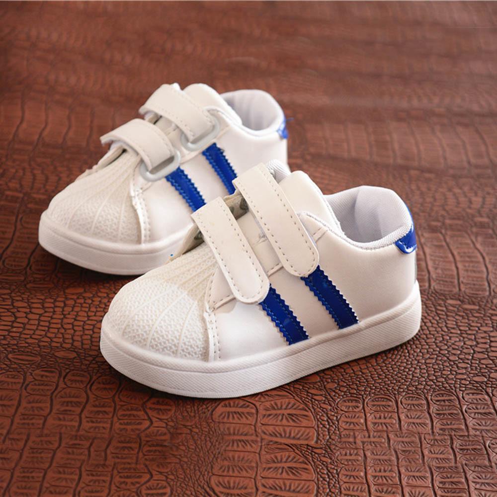 5fdc32d1a3 Compre Zapatos Para Niños Niños Niñas Calzado Deportivo Zapatos Para Niños  Con Fondo Blando Zapatillas De Deporte Planas De Bebé Informal Zapatillas  De ...
