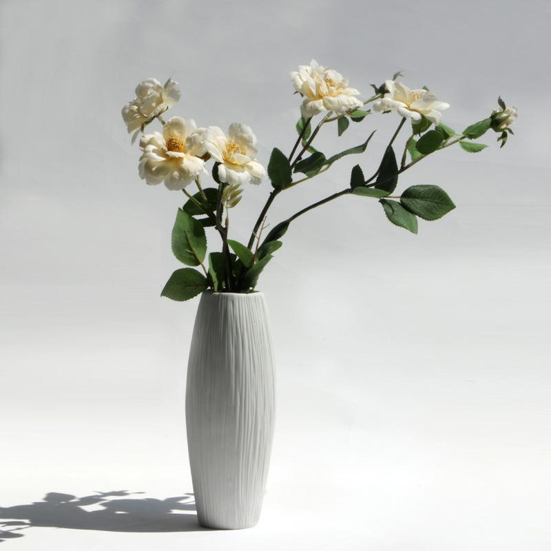 DHgate.com & Small Fresh White Dried Flower Vase Ceramic Simple Lines Design Fashion Desktop Decoration Vase Receptacle Home Decor As Gift