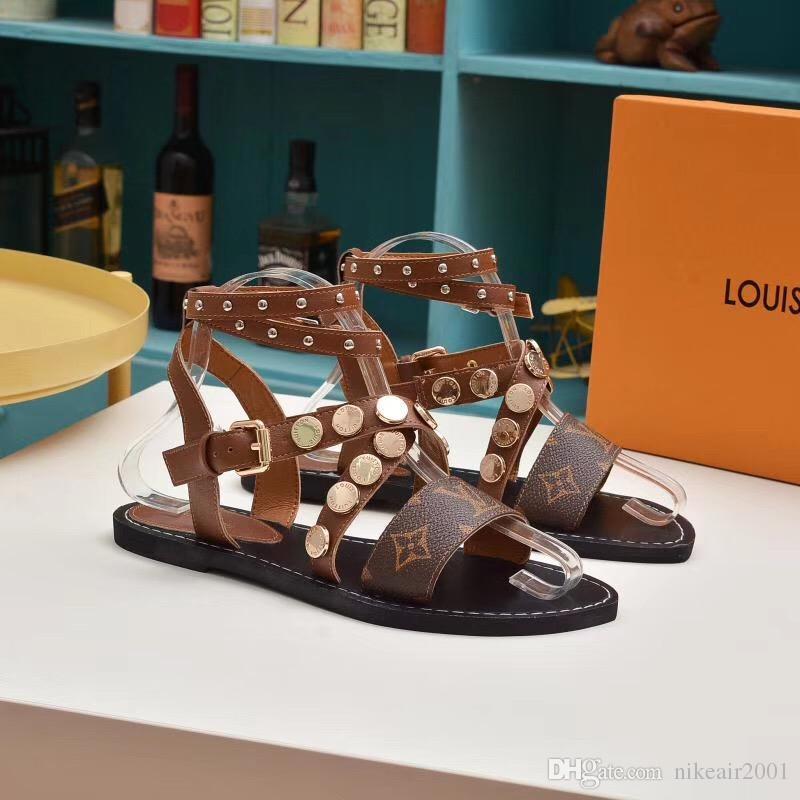 Frühjahrsverkauf Super-Marken-Designersandalen Gladiator-Sandalen sind aus Vintage-Leder gefertigt. Die weiblichen Sandalen Damenschuhe VI237 51