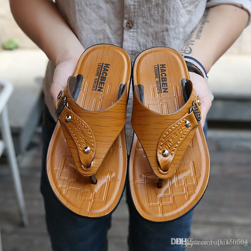 fashion new Designer Mens Sandals Summer Stripped Slippers For Men Leather Flip Flop Summer Hawaiian Beach Rubber Shoe Male Flats Sandals