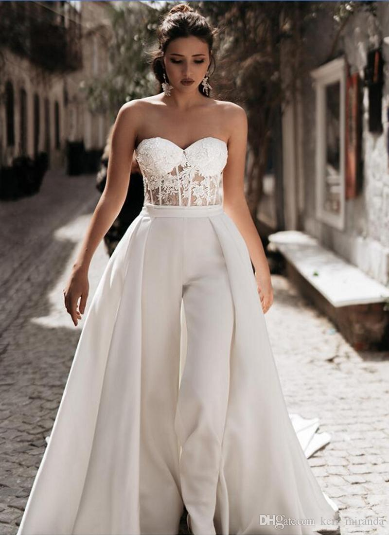 Lace Appliqued 2019 Mother of the Bride Suits Jumpsuits With Detachable Skirts Sweetheart Tulle Beach Wedding Dress Boho Bridal Gowns