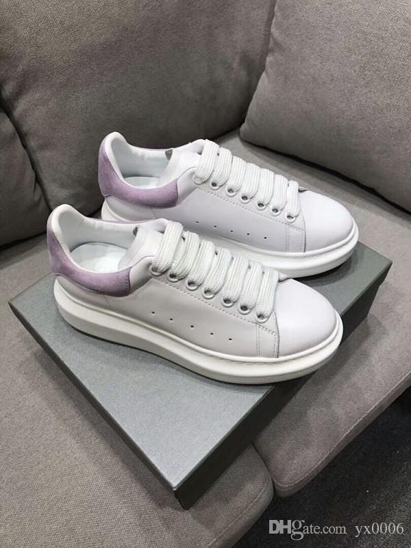 a2e9a01beac Compre 2019 Zapatos Casuales De Moda De París Venta Caliente Hombres Mujeres  Diseñador De Moda Zapatillas Calle Calzado Vestido Zapato Tenis Tenis ...