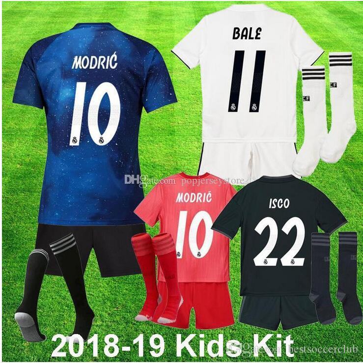 c73015f51c68a3 2018 2019 Real Madrid Kinder + Socken Fußball Trikot EA Sports Asensio  SERGIO MODRISCHES RAMOS MARCELO BALE ISCO Camiseta KROOS 18 19 Trikots