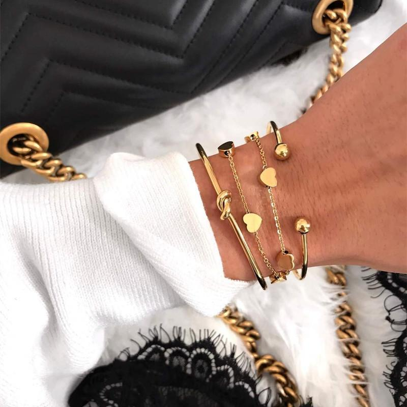 Mavis Hare Cadena de amor de acero inoxidable, plata / oro / oro rosa, pulsera de doble capa con encantos de corazón, cadena de extensión de 5 cm