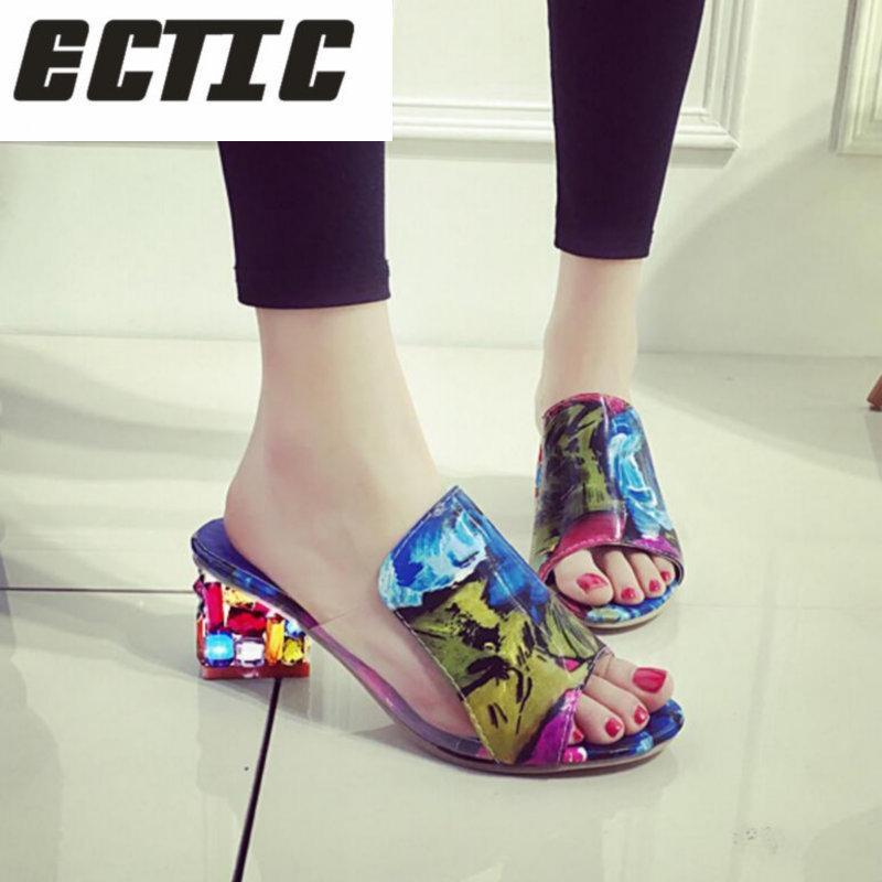 0736eacbece Compre Designer De Vestido Sapatos ECTIC 2019 Verão Nova Moda Sandálias De  Salto Alto De Mistura De Cores De Emenda Para O Partido Ocasional Das  Mulheres ...