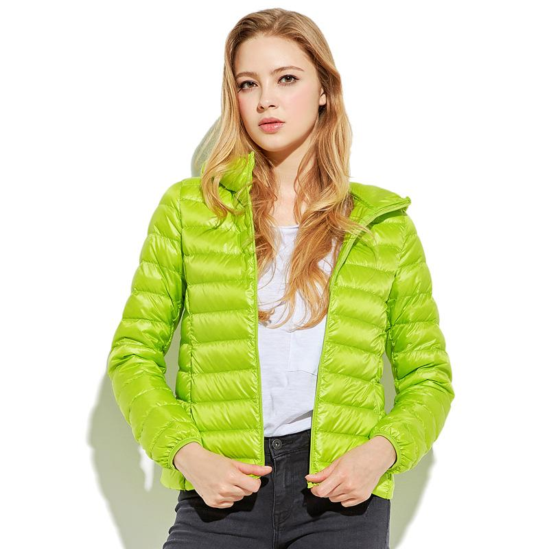 e5664ca69d8a 2019 Women Green Red Pink Purple Ultra Light Down Jacket 100% White Duck Down  Coat Lady Coats Orange Red White Blue Black Jackets From Bailanh