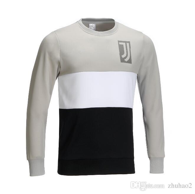 Nuevo 2019 Juventus Soccer Jersey Blanco Gris Camisetas Deportivas Ronaldo  Juventus Suéter Camisetas De Fútbol Cuello Redondo CAMISETA DE  ENTRENAMIENTO S ... f3119a416070f