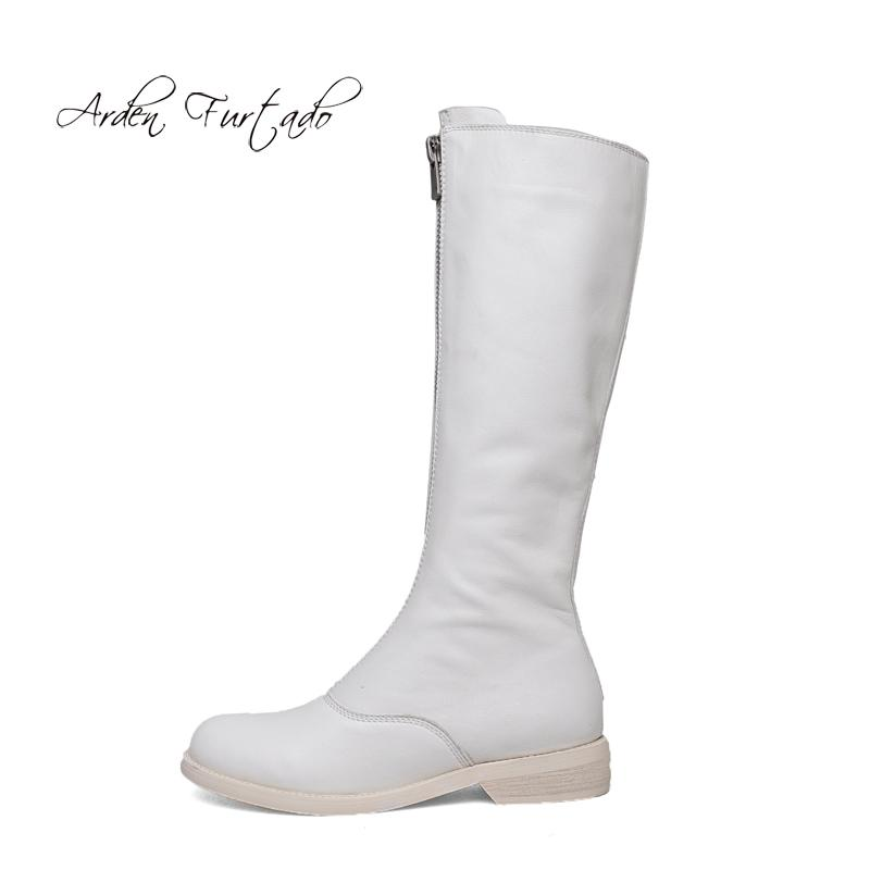 ed53af73a39 Compre Zapatos De Moda Para Mujer En Invierno 2019 Punta Redonda Hasta La Rodilla  Botas Altas Con Cremallera Color Puro Blanco Elegante Damas Botas Concisas  ...