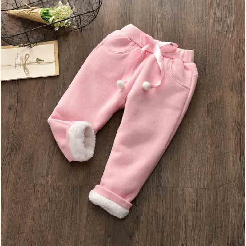 5f165264b Buena calidad otoño invierno niñas pantalones nueva moda sólido bebé niñas  leggings niño más terciopelo engrosamiento para mantener pantalones ...