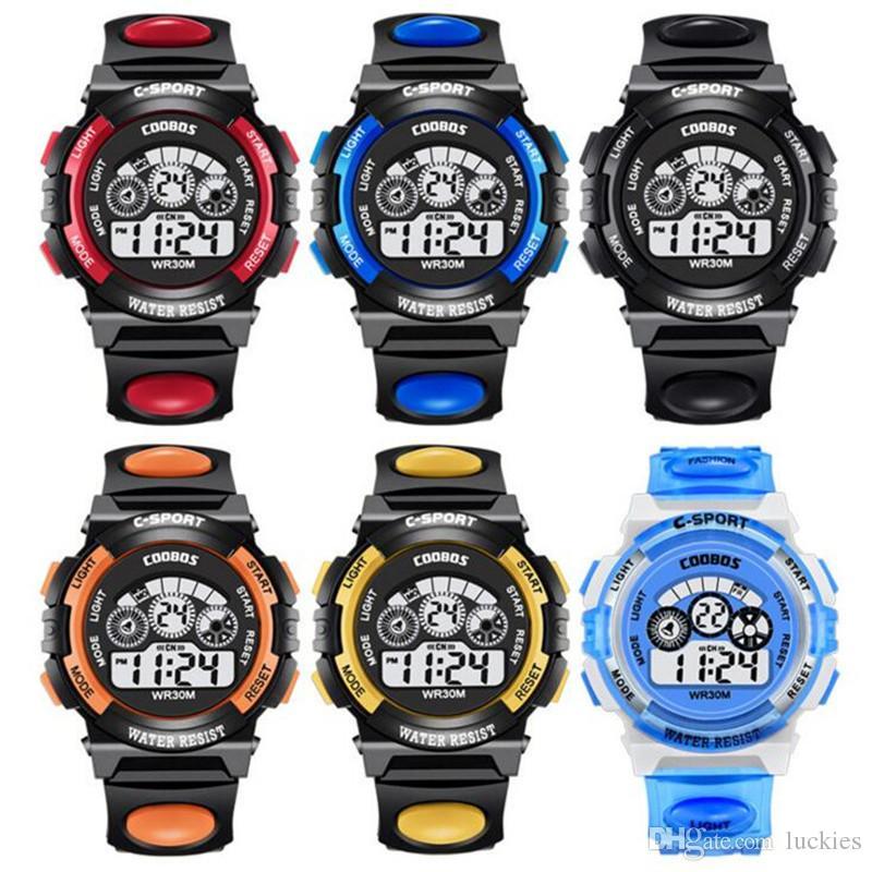 ce98d102cea08 Acheter Sport Étudiant Montre Enfants Montres Garçons Filles Horloge Enfant  LED Numérique Montre Bracelet Montre Électronique Pour Garçon Fille Cadeau  De ...