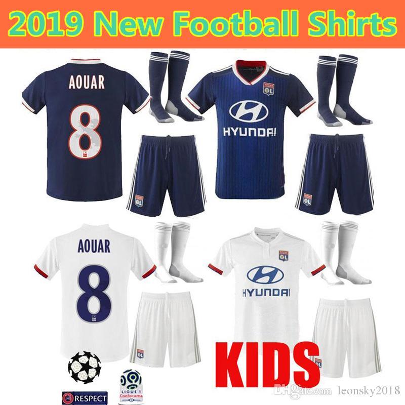 9efe7ac45da 2019 Kids Kit 19 20 Maillot De Foot Olympique Lyonnais Soccer Jerseys 2019  2020 Lyon Home Away FEKIR MEMPHIS TRAORD Child Boy Football Shirts From ...