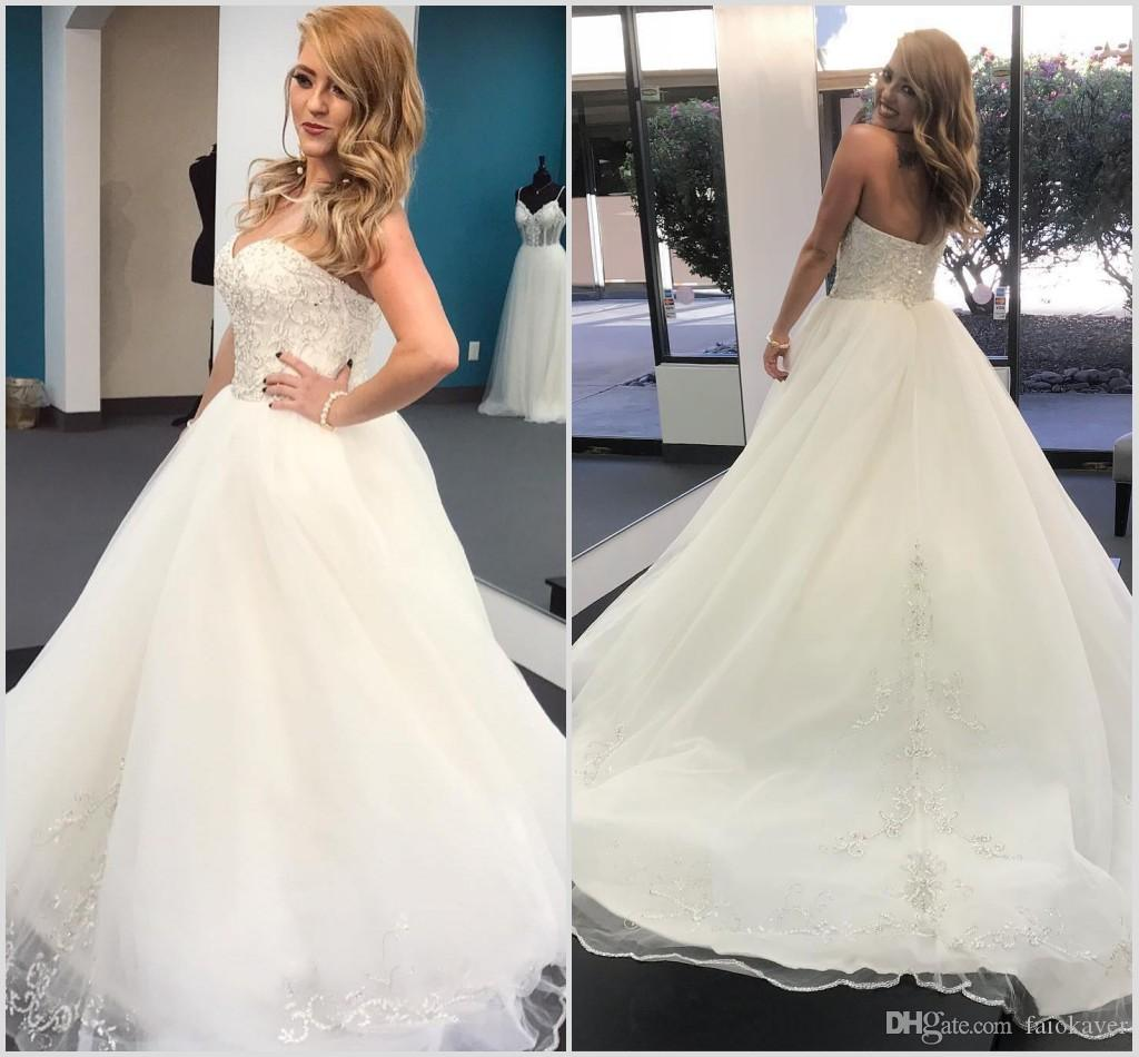 2019 Simple Wedding Dresses A Line Lace Appliqued Beads Sweep Train Sweetheart Country Bridal Gowns Beach Wedding Dress robes de mariée