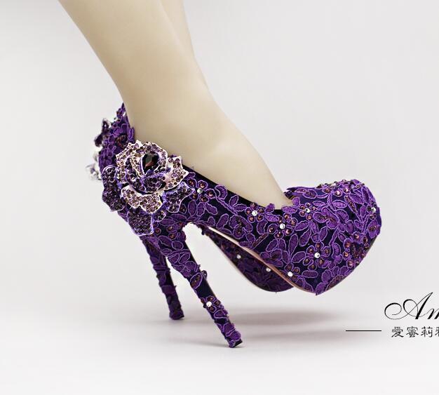a539cf37 Compre Bombas Para Mujer Zapatos Femeninos Dama Del Dedo Del Pie Redondo  Flor De Cristal Púrpura Diamante Novia Tacones Altos Para El Banquete De  Boda Etapa ...