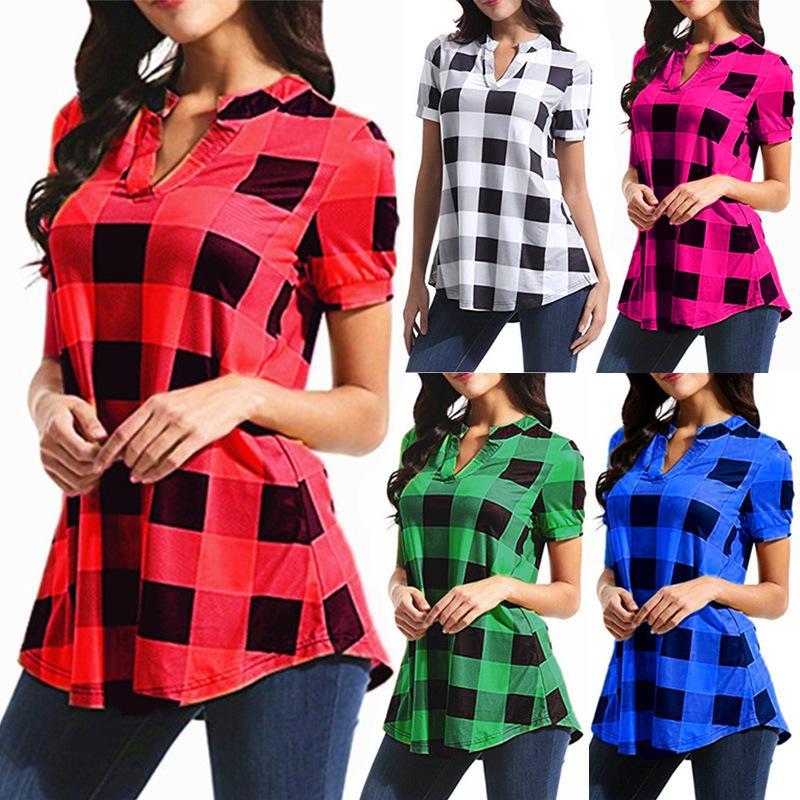 6210cf211 Compre Blusas De Tela Escocesa De Las Mujeres Camisas Para Mujer Loose Grid  Top Tees Moda Casual Con Cuello En V Camiseta De Manga Corta Del Verano T  Shirt ...