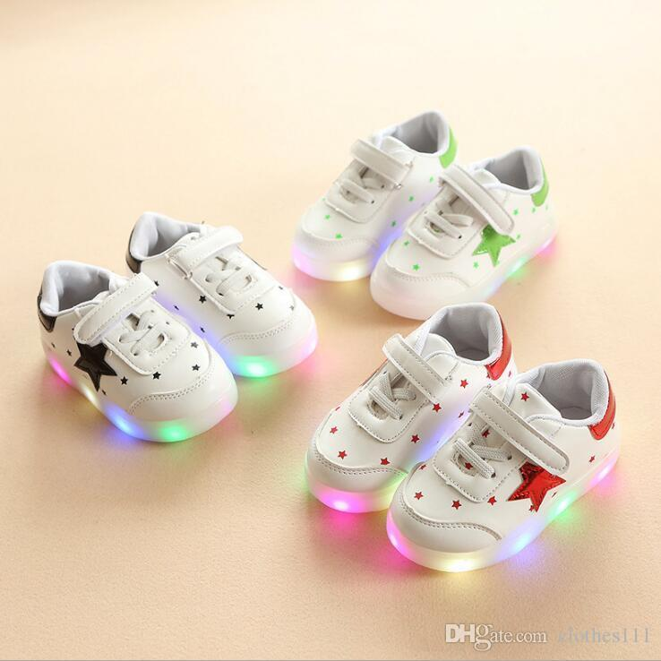 NEW Fashion Childrens Luminous Shoes Stars Print Girls Flat Shoes Luminous Non-slip Wear-resistant Childrens Shoes Best quality B-9