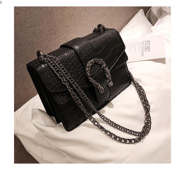 bd7dcb3ea0d Newest Vintage Women Crossbody Bag Chain Strap Shoulder Bag Black Red Lady  Messenger Bag PU Leather Clutch Purse