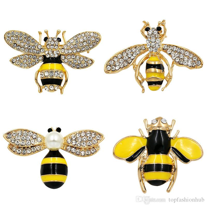 Alloy Plating 18k Gold Insect Brooch Bee Jewelry Rhinestone Pin Simple Small Animal Brooch Hot Sale