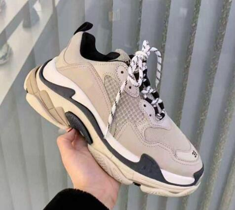 Light Grey Luxury Triple S Designer Low Make Old Sneaker Combination Soles Boots Mens Womens Shoes Top Quality Sports Casual Shoe chaussures