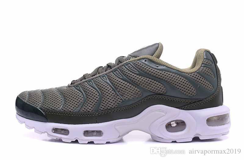 TN Plus Outdoor Women Black White Shock Mens In Metallic Luxury Designer  Runners BETURE Tn Triple White Aaa Sneaker Pure Platinum Air Shoes Womens  Sandals ... 6f98163f5