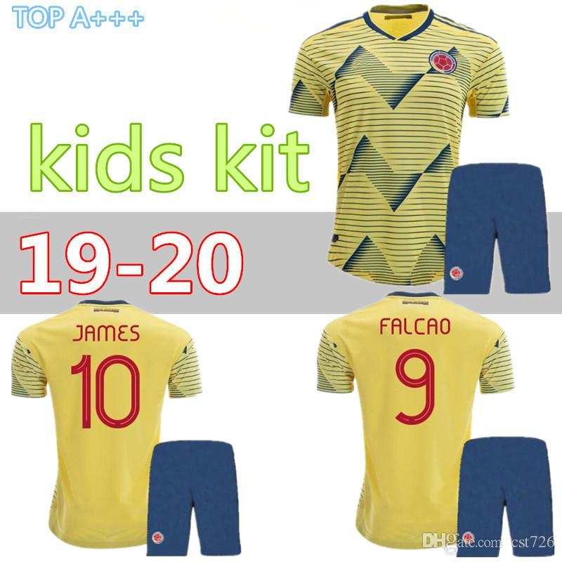 5fbe107c2fe Compre 2019 Kids Jersey Copa América Colombia Home Kit Con Pantalones 19 20  Niño # 10 JAMES Camisetas De Fútbol Home Boy Soccer Kit 2019 Camiseta + ...