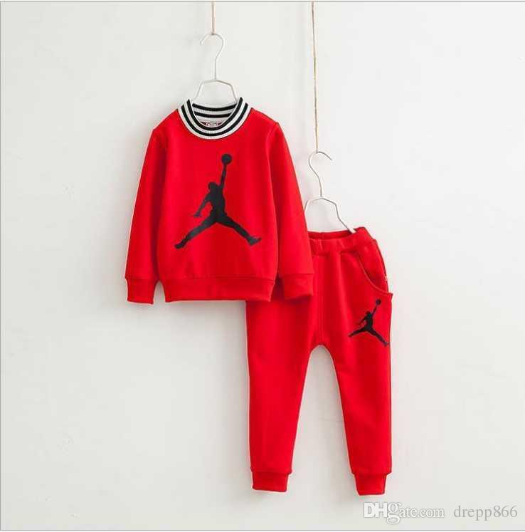 Acquista 2019 Nuova Primavera Autunno Ragazzi Tute Moda Ragazzo Sport  Imposta Bambini Manica Lunga T Shirt Casual + Pantaloni 2 Pz Set Bambini  Abiti Outfit ... c1ac65a918d