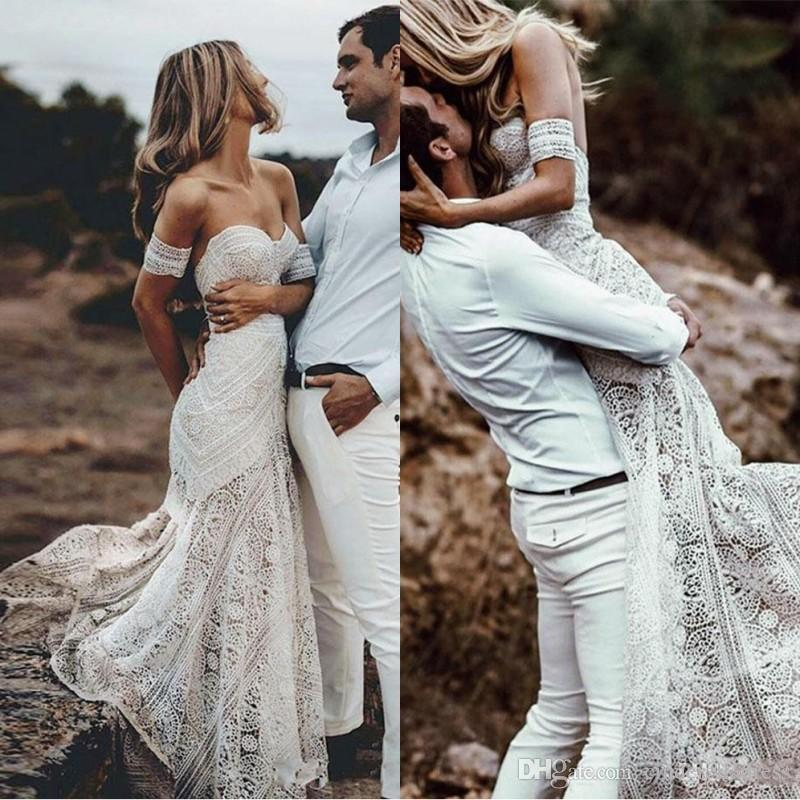 2020 Boho Summer Off Shoulder Bohemian New Beach Backless Wedding Dress Lace Transparent Modern Long Bridal Gown Custom Made Casual Fishtail