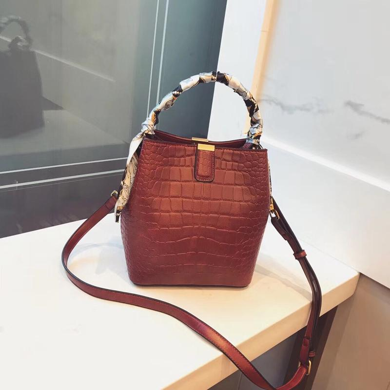 Fashion Luxury Brand Crocodile Bag Women Leather Shoulder Bag Ribbon Handbag  Ladies Messenger Tote Women Red Black Brown Handbags Wholesale Purses For  Sale ... 863ee5d78b84a