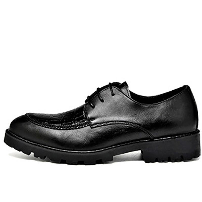 c64c08c98 Compre Homem Sapatos De Couro Verão Elegante Designer Social Vestido De Casamento  Sapatos Homens # MSW8118118 De Classycolor, $72.41 | Pt.Dhgate.Com